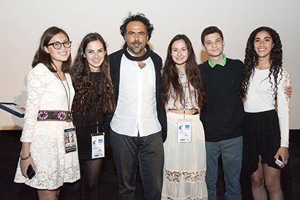 Post-Remembrance team Danielle Stolz, Cosima Elwes, Hana Kateman, David Woldenberg, and Marianne Verrone pose with Alejandro Iñárritu.