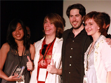 """The Compact"" producer Catherine Sanchez, editor Joe Barlak and sister of director Grace Samson with Jason Reitman."